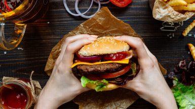 כמה קלוריות יש בהמבורגר?