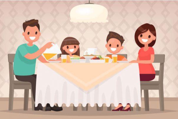ארוחת ערב משפחתית דיאטטית